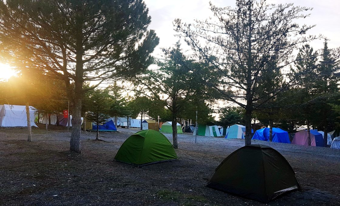 Salda Gölü Yeşilova Belediyesi'nin Kamp Alanı