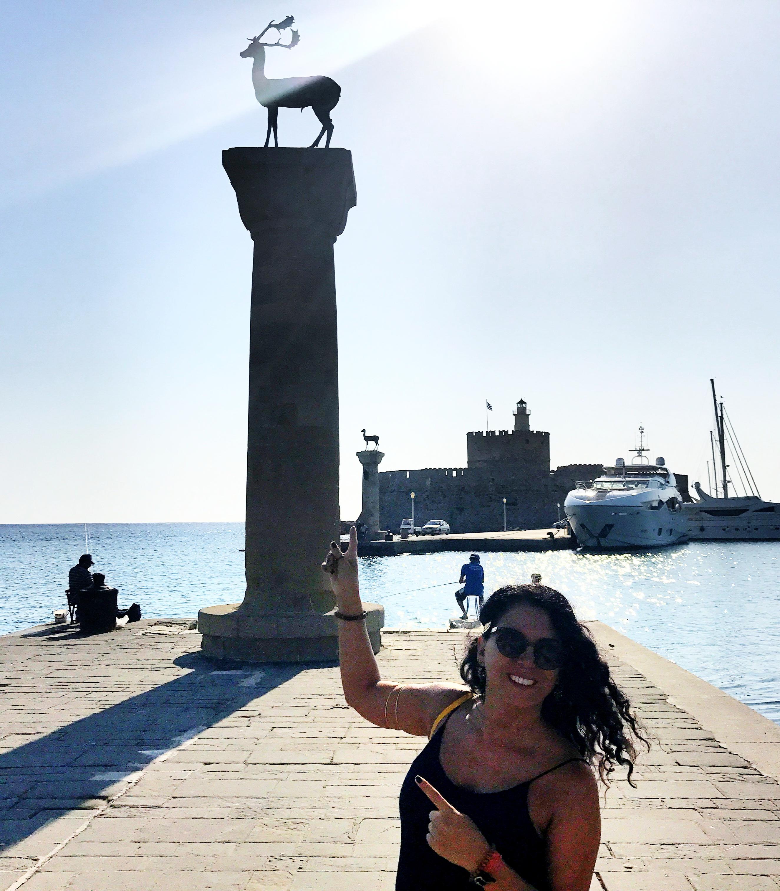 Mandraki Limanı, Büyük İskender'in heykelinin olduğu düşünülen yer