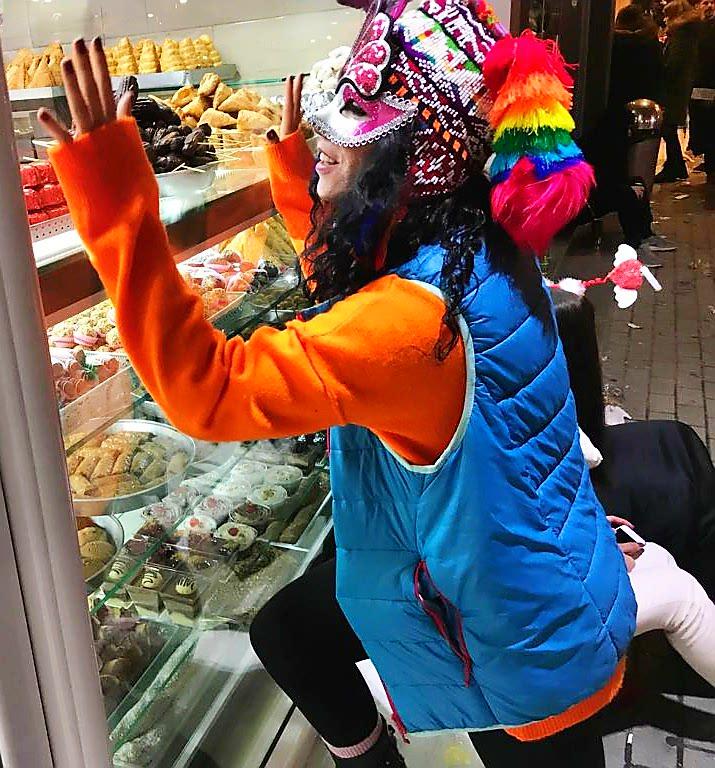 İskeçe Meşhur tatlıcı dükkanları