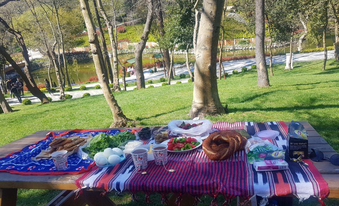 Yıldız Parkı Kahvaltı