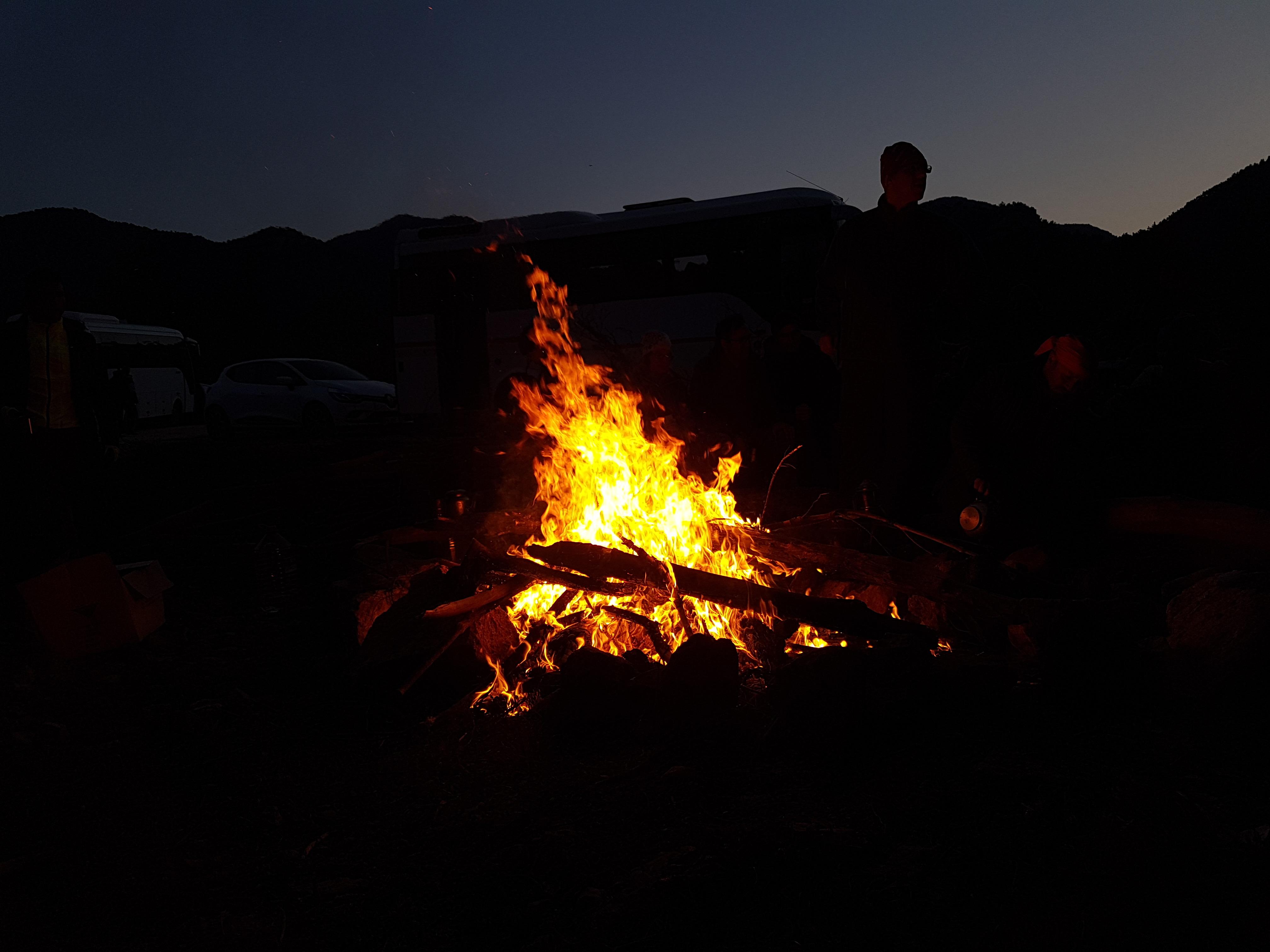 Sülüklü Göl, Manisa kamp ateşi