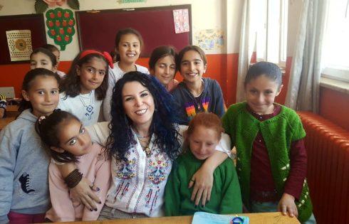 İnci Kefali İlköğretim İlkokulu Kızları