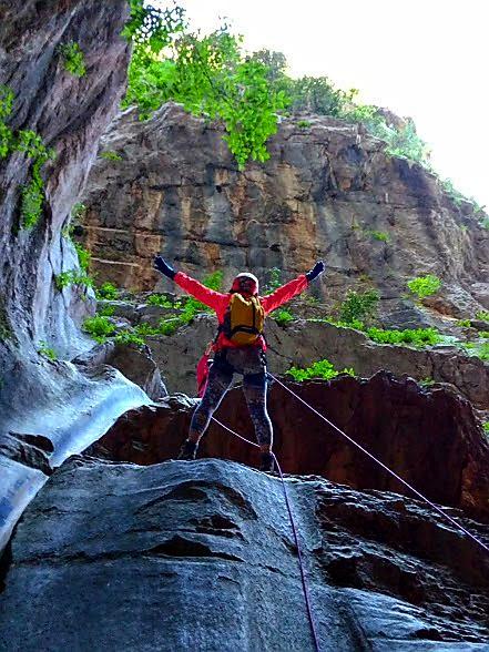 Yarıkkaya Kanyonu, Mağara