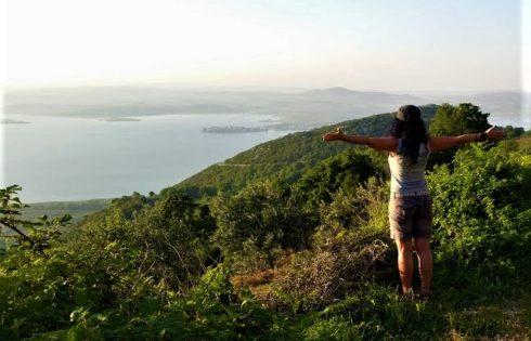 Uluabat manzarası ve Gölyazı'ya kuş bakışı