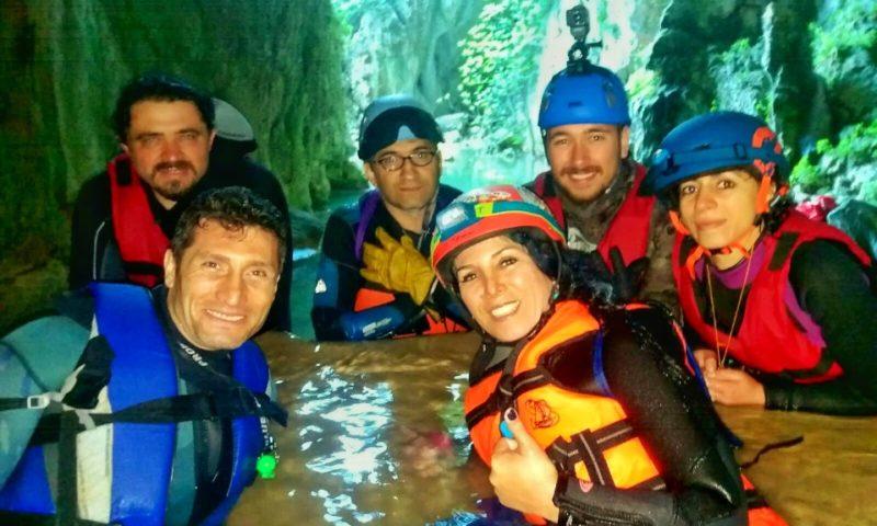 Ayvaini Mağarası, Yeraltı Suların da Yüzdünüz mü Hiç?