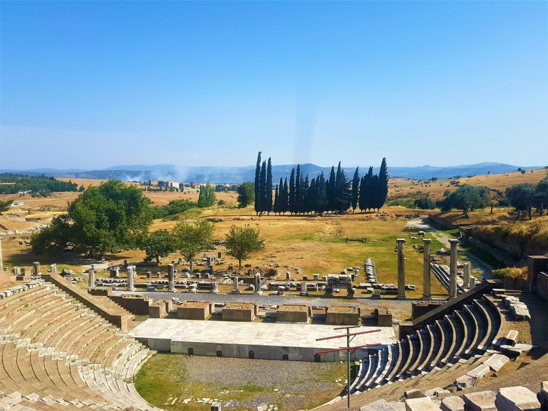 Akslepion tiyatro