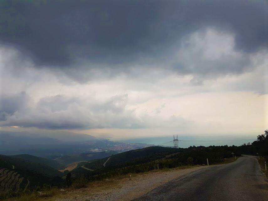 Sansarak Kanyonu yolu, İznik tepeleri